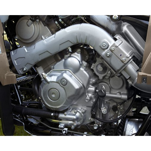 Powerful 686cc 4-stroke engine