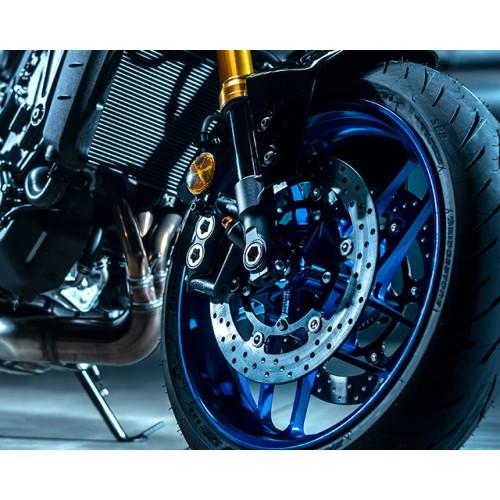 10-spoke Spin Forged wheels